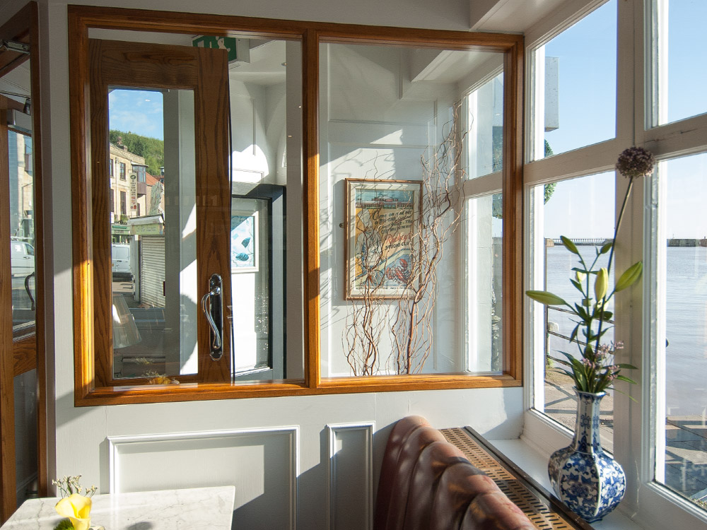 Marine Hotel Whitby - view